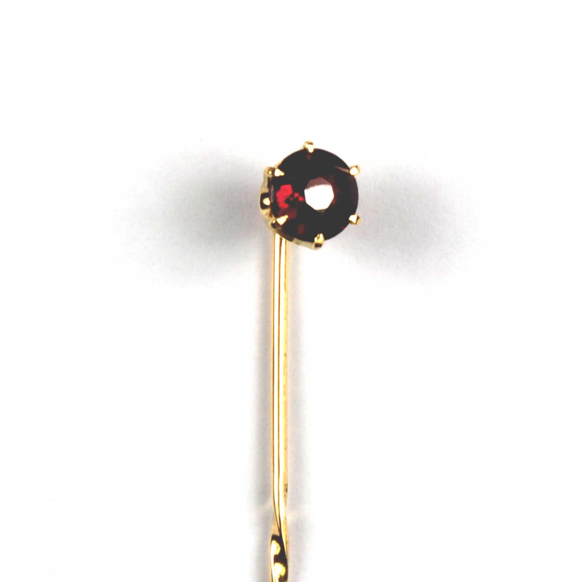 4222Victorian Garnet Set Stick Pin